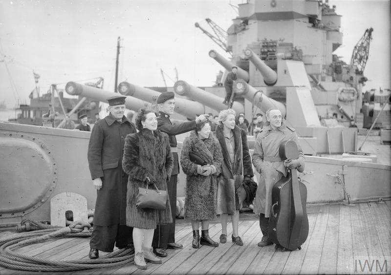 MUSIC FOR THE FLEET. 28 MARCH 1944, ON BOARD HMS DUKE OF YORK, AT SCAPA FLOW. THE CONCERT TOUR ORGANISED BY THE COUNCIL FOR THE ENCOURAGEMENT OF MUSIC AND ART (CEMA).