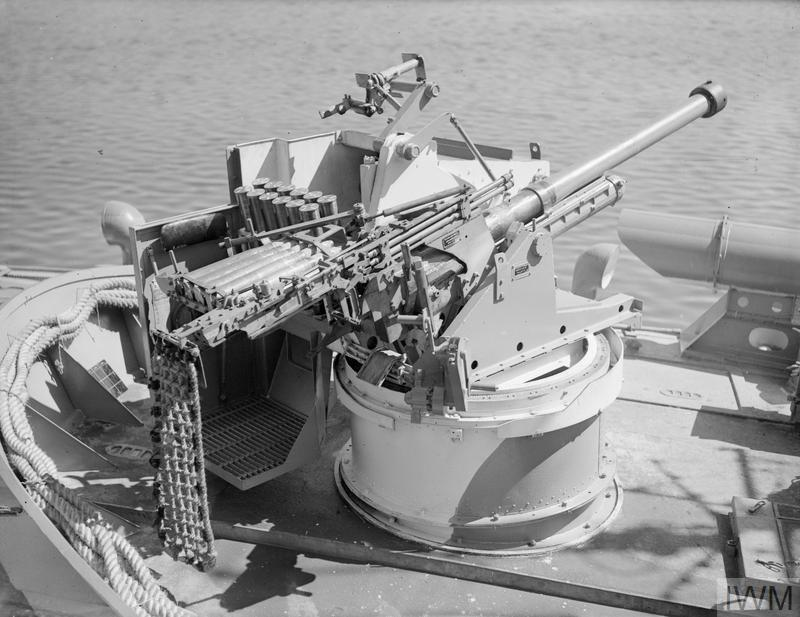 THE MARK VII 6-POUNDER GUN WITH MOLLINS EQUIPMENT  15 AUGUST