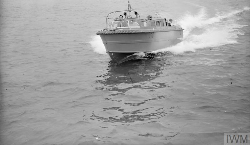 35 FOOT AIRCRAFT TENDER. 24 AUGUST 1944, PORTSMOUTH HARBOUR, DURING TRIALS OF THE VESSEL.