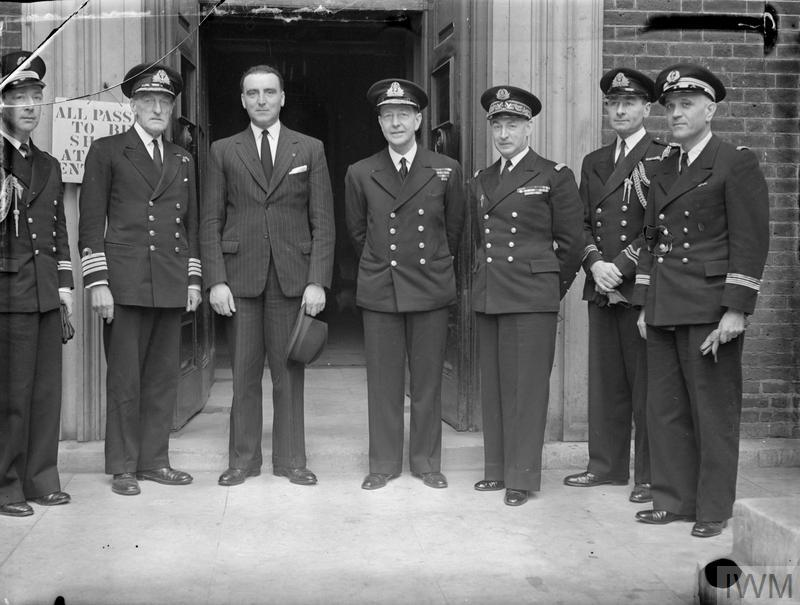 M JAQUINOT VISITS THE ADMIRALTY. 24 JULY 1944, ADMIRALTY. M LOUIS JAQUINOT, COMMISSAIRE A LA MARINE AND REAR ADMIRAL D'ARGENLIEU, FRENCH NAVAL FORCE COMMANDER IN GREAT BRITAIN, VISITED THE ADMIRALTY.