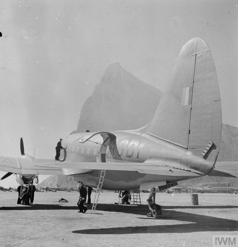 BRITISH OVERSEAS AIRWAYS CORPORATION AND QANTAS, 1940-1945.