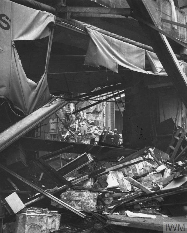 THE LONDON BLITZ, 1940