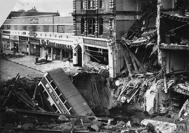 THE LONDON BLITZ 1940 - 1941