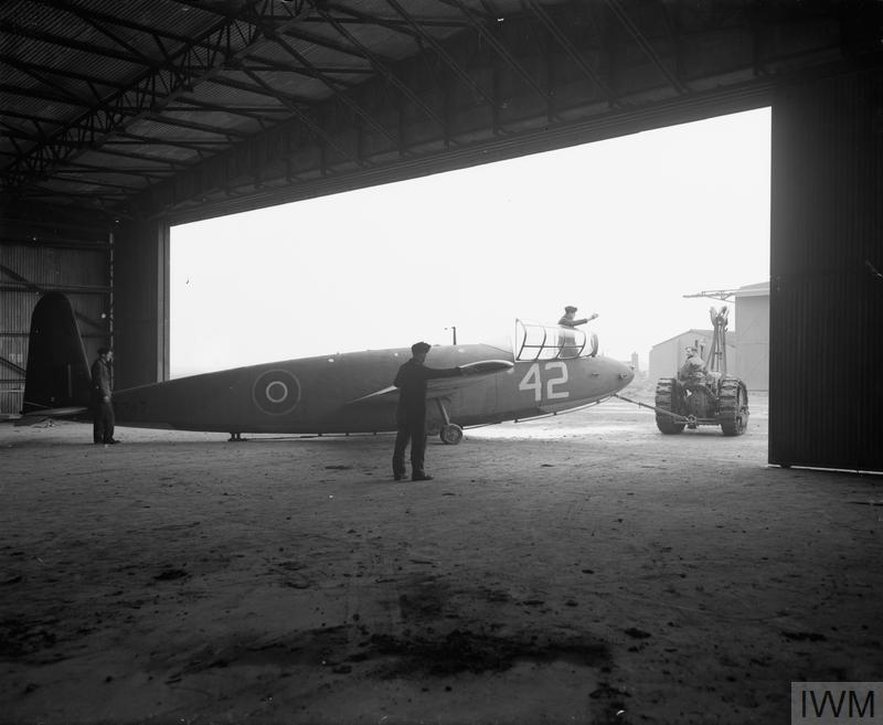 ROYAL AIR FORCE FLYING TRAINING COMMAND, 1940-1945.