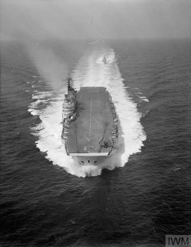 SEARCH FOR COMET WRECK OFF STROMBOLI. 1954, AERIAL PHOTOGRAPHS AS HMS EAGLE AND OTHER SHIPS STEAMED TO STROMBOLI TO SEARCH FOR THE DOWNED PLANE.