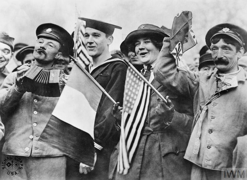 People celebrating the signing of the Armistice near the Paris Gate at Vincennes in Paris