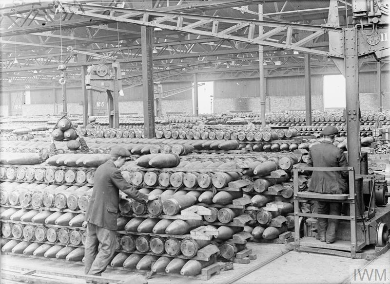 Workers in the bond store of the National Projectile Factory at Birtley-Elisabethville during the First World War