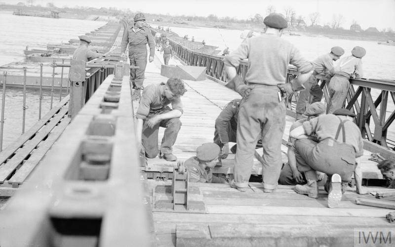 THE BRITISH ARMY IN NORTH-WEST EUROPE 1944-45: CLASS 40 BRIDGE OVER THE RHINE