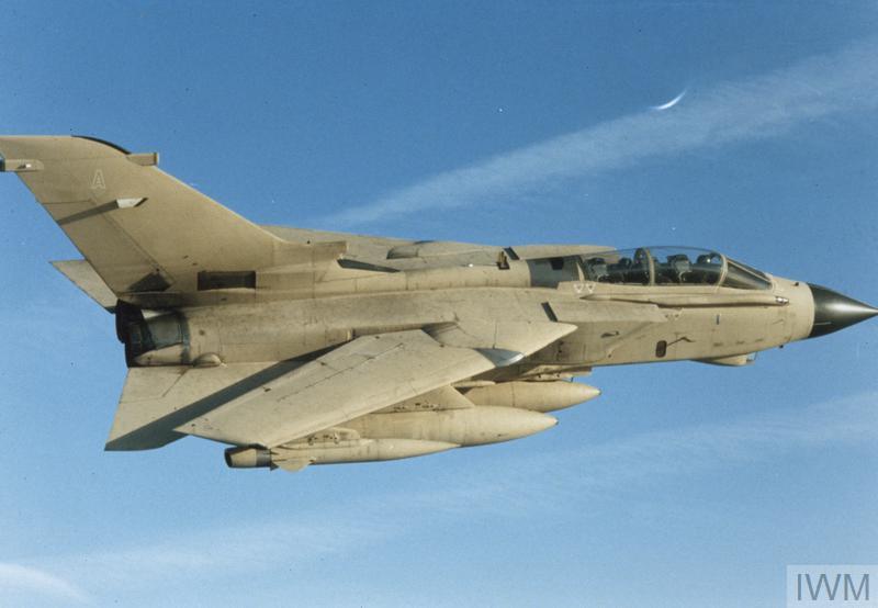 Tornado GR1A in flight during the First Gulf War