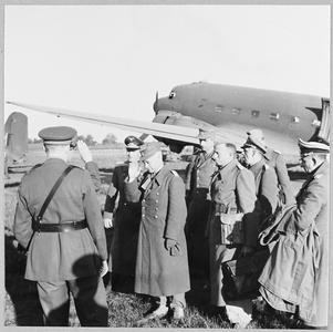 GENERAL VON ARNIM AND OTHER HIGH RANKING GERMAN OFFICERS SURRENDERED TO THE ALLIES IN TUNISIA ARRIVE IN GREAT BRITAIN.