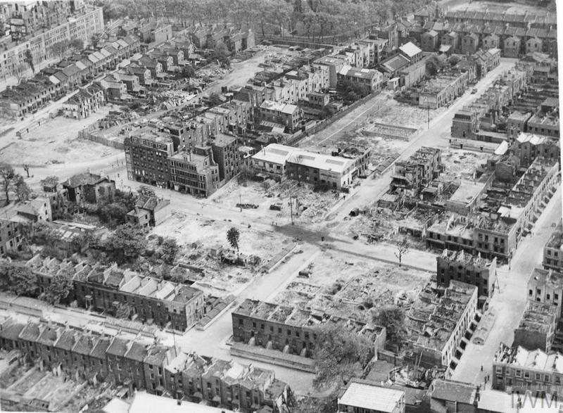 BOMB DAMAGE IN LONDON, ENGLAND, APRIL 1945