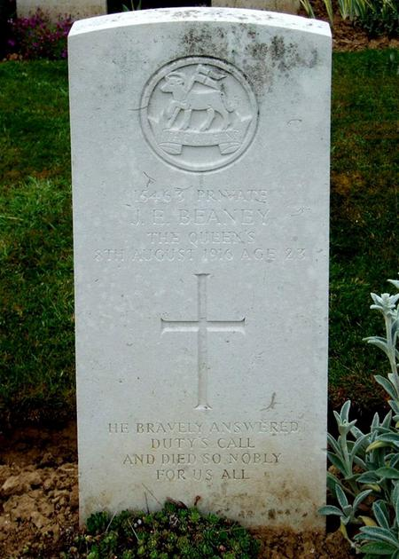 Gravestone of Private James Ernest Beaney