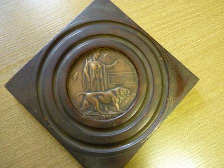 Harry Neep: service medal