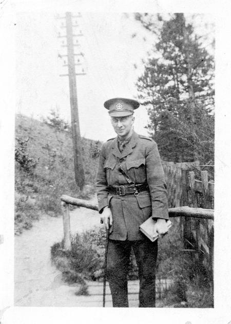 ACN in uniform 1915