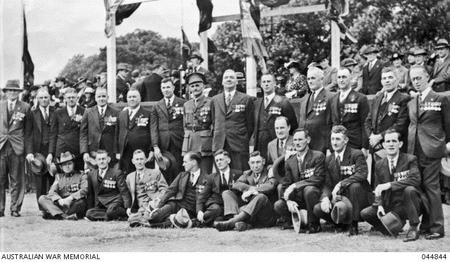 Group photo of VC winners on ANZAC Day, 1938