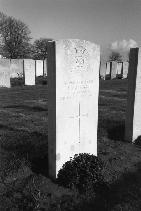 Hugh Carr grave