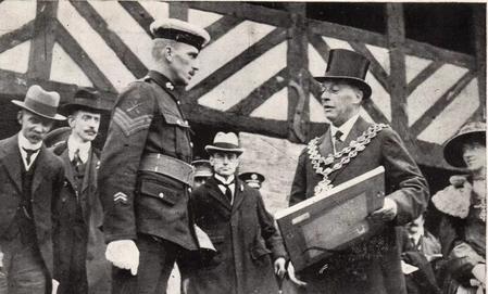 Sgt. N A Finch receiving the V.C.