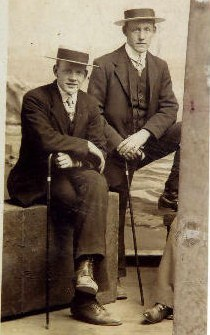 Cyril (left) and Fred Freeston