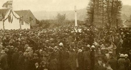 The Unveiling of the Mons Memorial