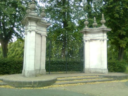 Rugby War memorial gates