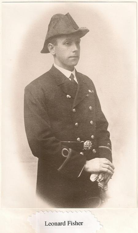 Profile picture for Leonard Fisher