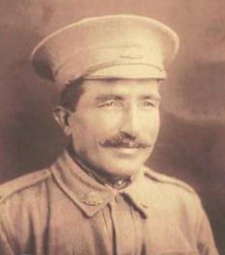 Profile picture for Desanda Singh