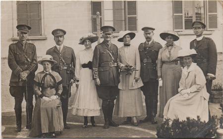 Gladys Gladstone at sister Florence's wedding