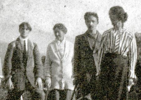Bert Wells with fellow anarchists 1915