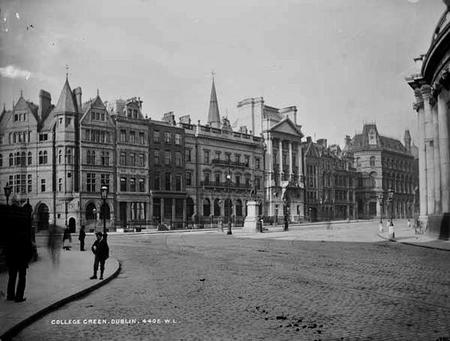 The College Green in 1895