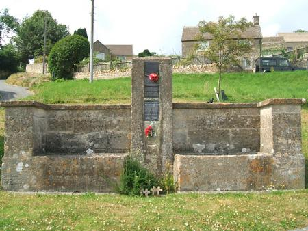 Oakridge, Glos, village war memorial.