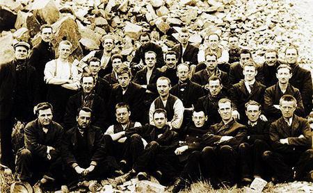 Conscienscious objectors at Dyce Camp, August 1916