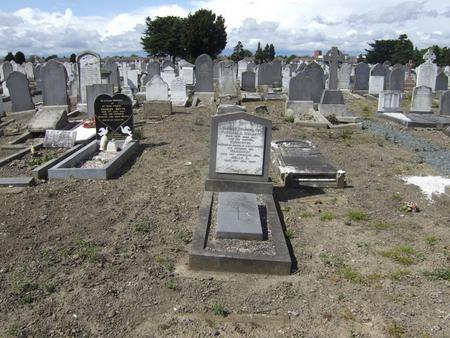 Grave of Henriette Mellett