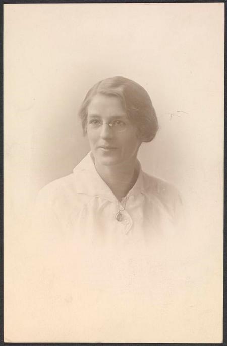 Profile picture for Amelia Elizabeth Brisley