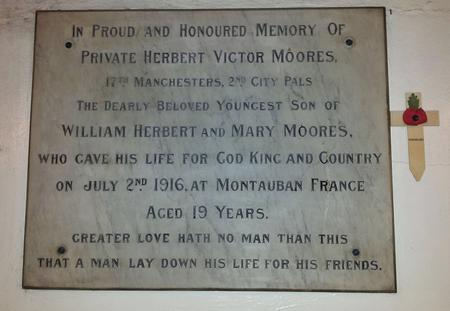 Memorial plaque HV Moores