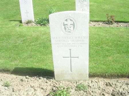 CWGC headstone Etaples