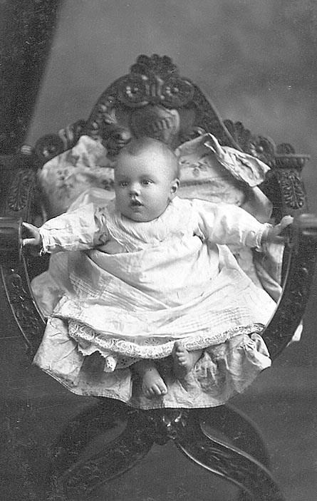 Ken Dickson aged 7 months