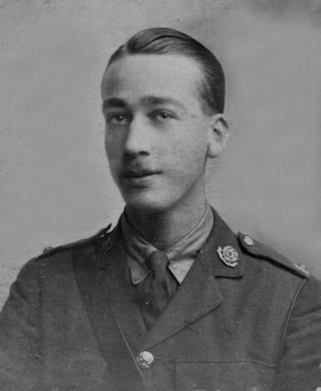 2/Lt  E. G. Chappell, East Lancashire Regiment