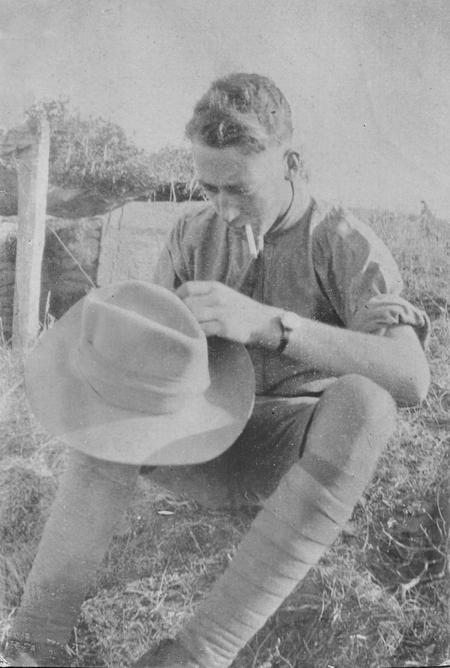 2/Lt Chappell adjusting slouch hat, Salonika 1916
