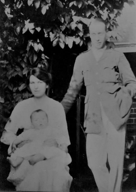 Chappell family in Reading May 1918.