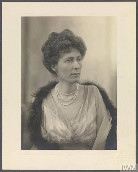 Profile picture for Helen Hermione Munro Ferguson Gbe
