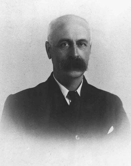 Inspector Joseph Henry Chappell, c.1910.