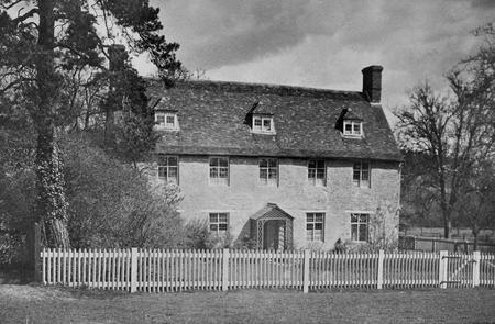 The farmhouse at Lee Farm, Colworth Estate, 1920.