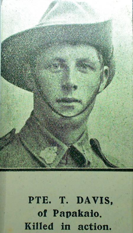 Profile picture for Thomas Davis