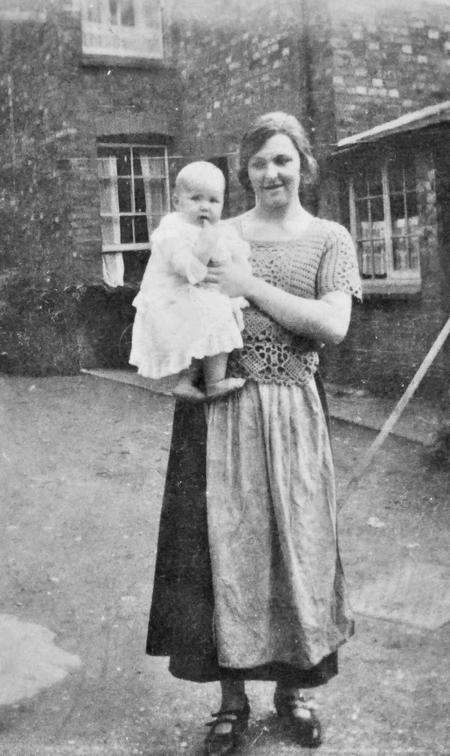 Queen Street, Rushden, July 1924.
