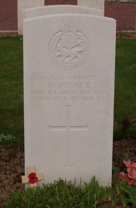 Mark Milner  gravestone