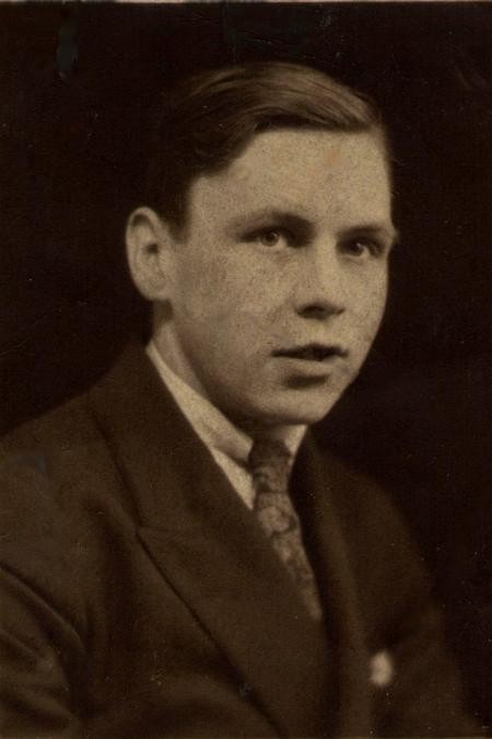 Albert Senior