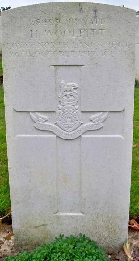 Grave stone for Herbert Woolfitt