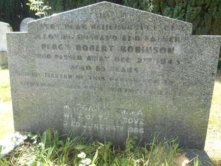 Percy Robert Robinson, Headstone, Trumpington
