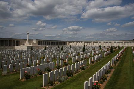 Pozieres British Cemetery Ovillers - La Boisselle