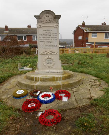Memorial to Captain Charles A Fryatt